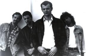 F DALEKA  OBALA 1988